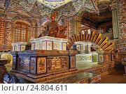 Купить «Royal Crypt at the Tomb of Khai Dinh (Ung Tomb), Hue, Vietnam.», фото № 24804611, снято 19 марта 2019 г. (c) age Fotostock / Фотобанк Лори
