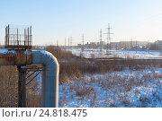 Купить «Теплотрассы, гаражи и ЛЭП. Санкт-Петербург», эксклюзивное фото № 24818475, снято 5 января 2017 г. (c) Александр Щепин / Фотобанк Лори