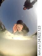 Купить «Погружение под лед Черного моря на побережье Одессы, вид из-под воды», фото № 24822123, снято 20 февраля 2012 г. (c) Некрасов Андрей / Фотобанк Лори
