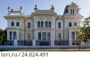 Купить «Дом Асеевых. Тамбов», фото № 24824491, снято 14 июля 2016 г. (c) Irina Kruskop / Фотобанк Лори