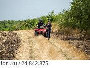 Купить «Tudora, Republic of Moldova, Border police Politia de Frontiera at the green border», фото № 24842875, снято 30 августа 2016 г. (c) Caro Photoagency / Фотобанк Лори