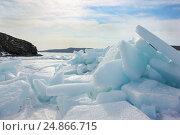 Ледяные торосы в Амурском заливе, Приморский край. Стоковое фото, фотограф Римма Тельнова / Фотобанк Лори