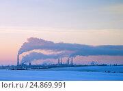 Купить «Оренбургский газоперерабатывающий завод», фото № 24869991, снято 13 января 2017 г. (c) Вадим Орлов / Фотобанк Лори