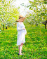 Beautiful pregnant woman in blooming garden, фото № 24882263, снято 19 апреля 2016 г. (c) Дарья Петренко / Фотобанк Лори