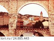 arch of aqueduct in Teruel (2013 год). Стоковое фото, фотограф Яков Филимонов / Фотобанк Лори