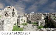 Купить «Amman city landmarks-- old roman Citadel Hill, Jordan», видеоролик № 24923267, снято 21 января 2017 г. (c) Владимир Журавлев / Фотобанк Лори