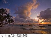 Закат на пляже Хиккадува. Шри-Ланка. Стоковое фото, фотограф Максим Попыкин / Фотобанк Лори