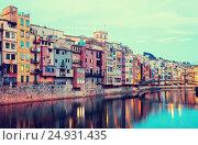 Купить «view of Girona in evening. Catalonia», фото № 24931435, снято 1 июля 2013 г. (c) Яков Филимонов / Фотобанк Лори