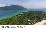 Aerial panorama of Ko Lipe island in Thailand. Стоковое видео, видеограф Михаил Коханчиков / Фотобанк Лори