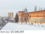 Купить «Коромыслова башня в Нижегородском кремле зимой», фото № 25040091, снято 1 декабря 2016 г. (c) Дмитрий Тищенко / Фотобанк Лори