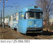 Купить «Трамвай РВЗ-6М2 на Амурском бульваре в Хабаровске», фото № 25066583, снято 29 марта 2014 г. (c) Дмитрий Гаврилюк / Фотобанк Лори