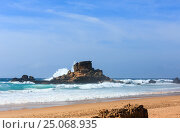 Купить «Cordoama beach (Algarve, Portugal).», фото № 25068935, снято 24 мая 2016 г. (c) Юрий Брыкайло / Фотобанк Лори