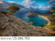 Купить «Живописный крымский пейзаж», фото № 25086783, снято 16 октября 2015 г. (c) Яна Королёва / Фотобанк Лори
