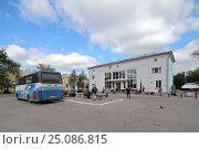 Купить «Псков. Автовокзал», фото № 25086815, снято 14 сентября 2016 г. (c) A Челмодеев / Фотобанк Лори