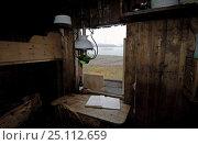 Купить «Interior of a coastal hut in Spitsbergen, Svalbard, Norway.», фото № 25112659, снято 20 сентября 2018 г. (c) Nature Picture Library / Фотобанк Лори