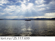 Купить «Large private motor yacht anchored in the gulf of St Tropez, South of France.», фото № 25117699, снято 20 сентября 2018 г. (c) Nature Picture Library / Фотобанк Лори