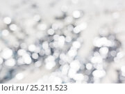 Купить «blurred silver christmas lights bokeh», фото № 25211523, снято 23 декабря 2016 г. (c) Syda Productions / Фотобанк Лори