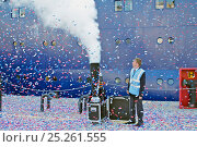 Купить «Confetti cannons firing as 'Ocean Countess' departs Liverpool, making history as the first cruise ship to start and finish a cruise from the city for 40...», фото № 25261555, снято 17 августа 2018 г. (c) Nature Picture Library / Фотобанк Лори