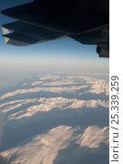 Купить «Aerial view of Antarctica from US Military C17 Globemaster aeroplane, November 2008», фото № 25339259, снято 15 октября 2018 г. (c) Nature Picture Library / Фотобанк Лори