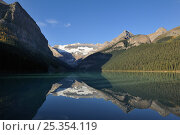 Купить «Mount Victoria with reflection in Lake Louise, Banff National Park, Rocky Mountains, Alberta, Canada, September 2009», фото № 25354119, снято 31 мая 2020 г. (c) Nature Picture Library / Фотобанк Лори
