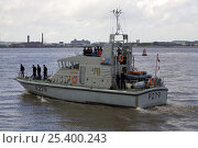 """Купить «Navy coastal training craft """"HMS Blazer"""" on the River Mersey, Livepool, UK 2008.  All non-editorial uses must be cleared individually.», фото № 25400243, снято 20 августа 2018 г. (c) Nature Picture Library / Фотобанк Лори"""