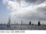 Купить «Boats preparing for parade of sail at Funchal 500 Tall Ships Regatta race day, Saturday 13th September 2008. Falmouth, Cornwall, UK», фото № 25409035, снято 24 сентября 2018 г. (c) Nature Picture Library / Фотобанк Лори
