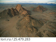 Aerial view of Spitzkoppe and Pontok Mountains in Namib Desert, Namibia. Стоковое фото, фотограф Martin Gabriel / Nature Picture Library / Фотобанк Лори