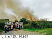 Купить «Fire engines attending heath land fire, Westleton, Suffolk, U», фото № 25496959, снято 2 июня 2020 г. (c) Nature Picture Library / Фотобанк Лори