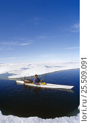 Купить «Inuit hunter in kayak with seal skin float, Canadian Arctic», фото № 25509091, снято 26 апреля 2018 г. (c) Nature Picture Library / Фотобанк Лори