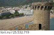 Купить «town of Tossa de Mar from fortress», видеоролик № 25532719, снято 31 октября 2016 г. (c) Яков Филимонов / Фотобанк Лори
