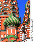 Dome of St. Basil's Cathedral in Moscow (2016 год). Стоковое фото, фотограф Владимир Приземлин / Фотобанк Лори
