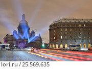 Купить «Лазерное шоу на Исаакиевском соборе в Санкт-Петербурге ночью зимой», эксклюзивное фото № 25569635, снято 3 ноября 2016 г. (c) Максим Мицун / Фотобанк Лори
