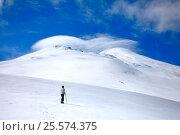 Climbs a mountain 05. Стоковое фото, фотограф Сергей Семенович Мальков / Фотобанк Лори