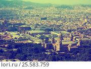 Купить «Historical neighbourhoods of Barcelona, view above», фото № 25583759, снято 8 июля 2016 г. (c) Яков Филимонов / Фотобанк Лори