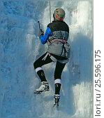 Соревнования по ледолазанию (2017 год). Редакционное фото, фотограф Владимир Мигонькин / Фотобанк Лори