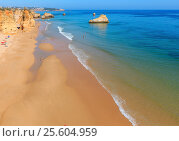 Praia dos Tres Castelos, Algarve, Portugal. (2016 год). Стоковое фото, фотограф Юрий Брыкайло / Фотобанк Лори