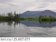 Купить «Плато Путорана. Река Муксун», фото № 25607071, снято 29 июля 2015 г. (c) Сергей Дрозд / Фотобанк Лори