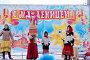 Детский фольклорный ансамбль на празднике Масленицы. Город Малоярославец Калужской области, фото № 25614803, снято 25 февраля 2017 г. (c) Илюхина Наталья / Фотобанк Лори