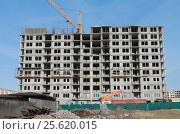 Строительство жилого многоэтажного дома в Анапе (2017 год). Редакционное фото, фотограф Геннадий Окатов / Фотобанк Лори