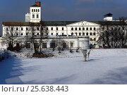 Winter urban landscape of Lodz, White Factory - Biala Fabryka, constructed in years 1835-1839 to host textile factory which belonged to Ludwik Geyer, currently... Стоковое фото, фотограф Danuta Hyniewska / age Fotostock / Фотобанк Лори
