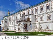 Купить «Palace of Prince Oleg, Ryazan, Russia», фото № 25640259, снято 4 мая 2016 г. (c) Boris Breytman / Фотобанк Лори