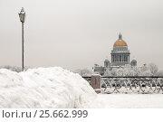 Купить «Зимний Санкт-Петербург. Река Нева», эксклюзивное фото № 25662999, снято 14 января 2010 г. (c) Александр Алексеев / Фотобанк Лори
