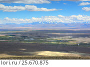 Купить «Landscape with river valley in Altai mountains», фото № 25670875, снято 10 июня 2015 г. (c) Михаил Коханчиков / Фотобанк Лори