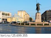 Купить «Площадь Александра Невского. Санкт-Петербург», эксклюзивное фото № 25699355, снято 26 июля 2016 г. (c) Александр Щепин / Фотобанк Лори
