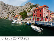 Omis, Croatia - July, 2016 - View from the bridge in the town of Omis in the historical part of the city in Croatia. Редакционное фото, фотограф Андрей Орехов / Фотобанк Лори
