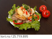 Meat with vegetables. Стоковое фото, фотограф Ксения Богданова / Фотобанк Лори