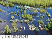 Наводнение в деревне, вид сверху, фото № 25720015, снято 21 июня 2015 г. (c) Владимир Мельников / Фотобанк Лори