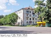 Четырёхэтажный жилой дом советской постройки в городе Орехово-Зуево Московской области (2016 год). Стоковое фото, фотограф stargal / Фотобанк Лори