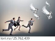 Купить «Businesspeople chasing angel investor funding», фото № 25762439, снято 22 ноября 2018 г. (c) Elnur / Фотобанк Лори