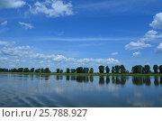 Река Кама. Стоковое фото, фотограф Наталья Тагирова / Фотобанк Лори
